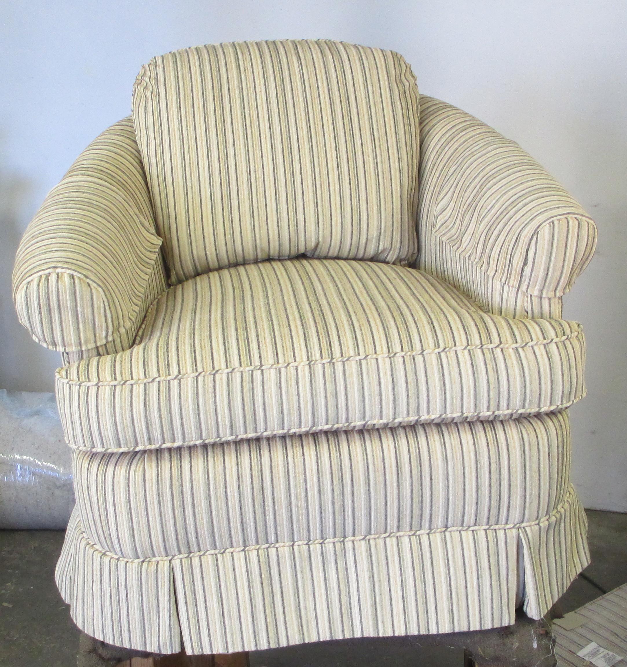 curveback_chair